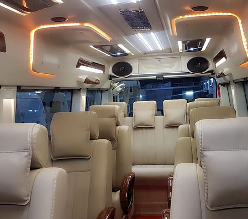 6 seater 1x1 delulxe tempo traveller with bed hire in gurgaon
